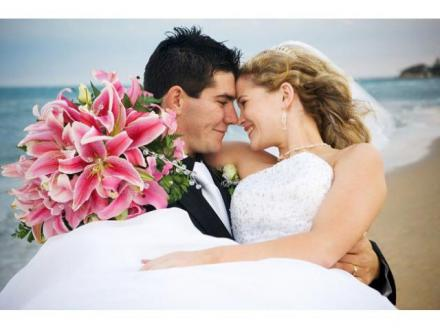 Creating Magical Moments - Vikki Speller - Civil Marriage Celebrant